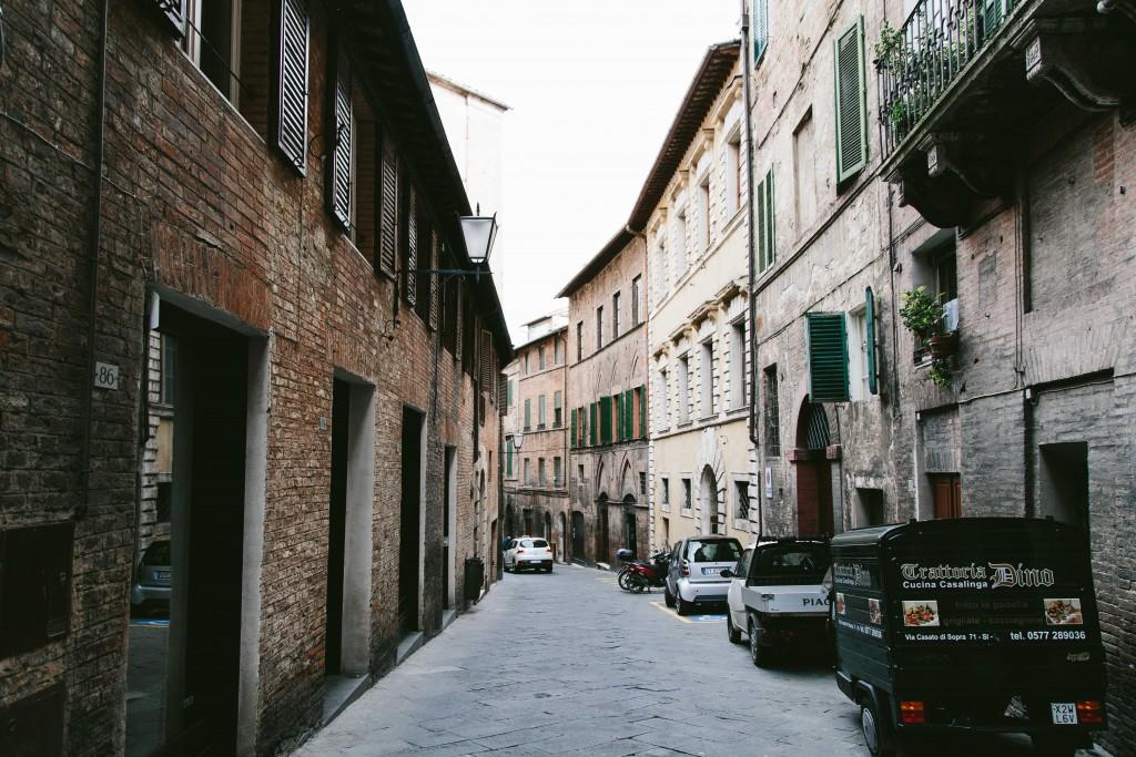 siena italy streets