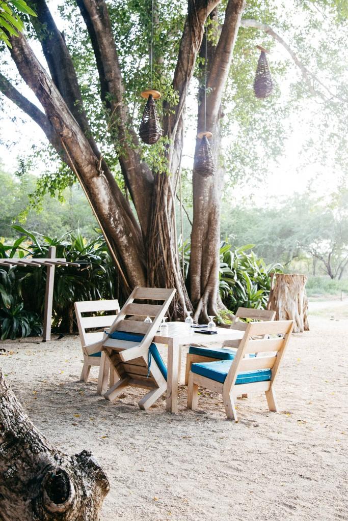 pangas beach restaurant