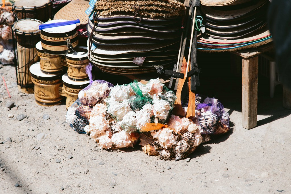 how to haggle abroad mexican market
