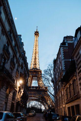 paris eiffel tower nighttime